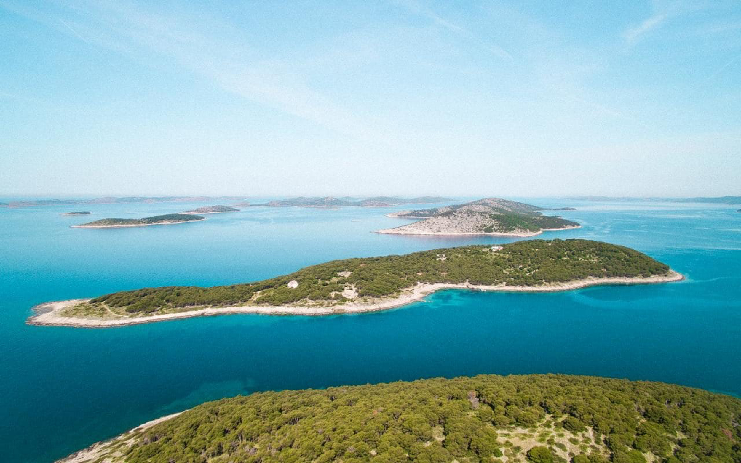 Obonjan Island: Land, Water, Air